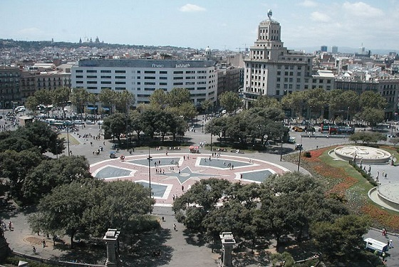 Placa de Catalunya. Originally designed as a connection point of Ciutat Vella and Eixample. Today Barcelona's most central location. Construction: (1859-1927). Location: Ciutat Vella. Architect: Pere Falques. Puig I Casafalch and Francesc de Paula Nebot. Clara. Llimona (Sculptures).